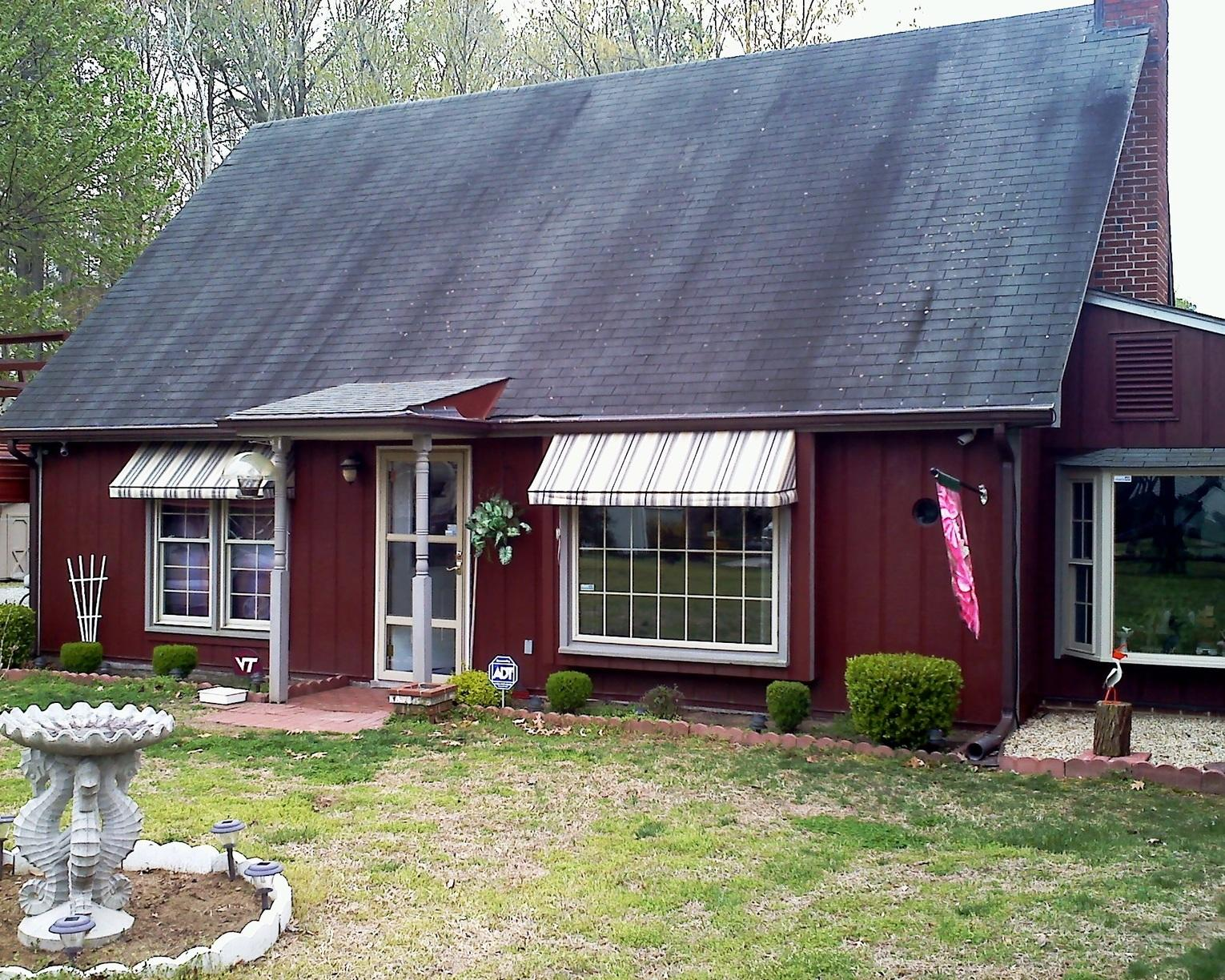 New Roof, Siding, Trim & Gutters in Gloucester, VA - Before Photo