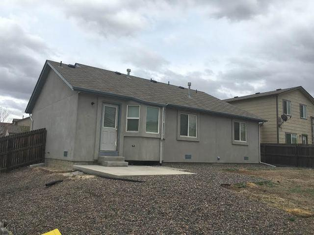 Roof Replacement in Colorado Springs, CO