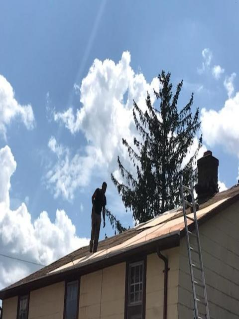 East Hartford, CT - Roof Replacement (Pratt St) - Before Photo