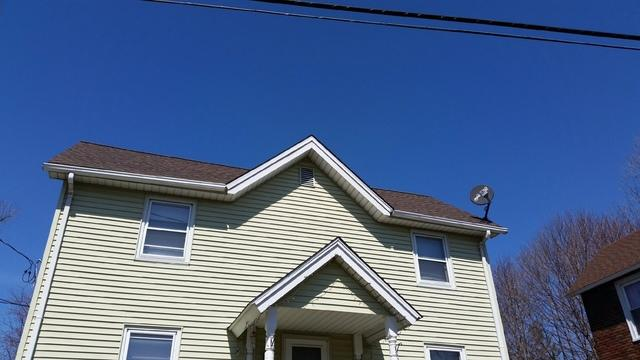 New Britain CT - Rustic Redwood Roof Replacement (Jubilee St)