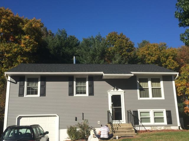 Naugatuck, CT - Wind Damaged Roof Replacement (Carriage Dr)