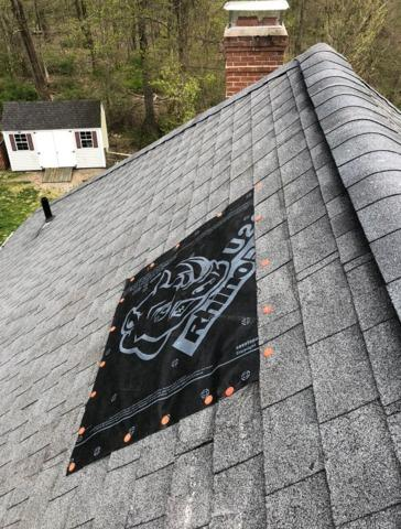 Colchester, CT - Wind Damaged Roof (Sweetbriar Court)