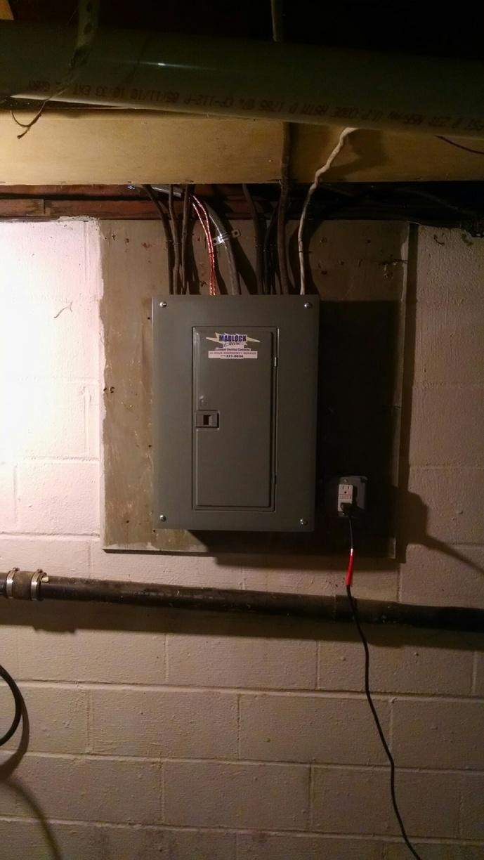 New 100amp overhead service in Newark, NY - After Photo