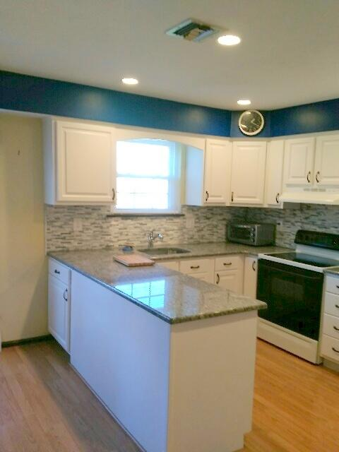 Kitchen Reface in Shippack, PA - After Photo