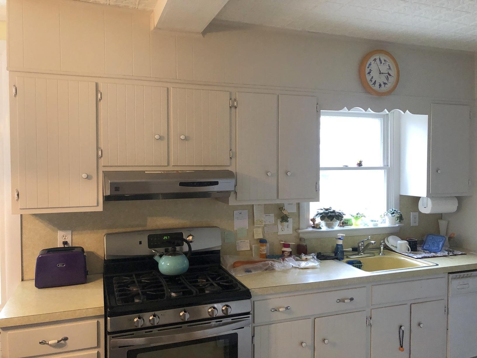 Kitchen Refacing in Horsham - Before Photo