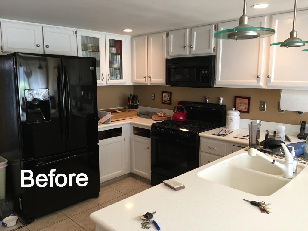 Doylestown Kitchen Cabinet Reface - Before Photo