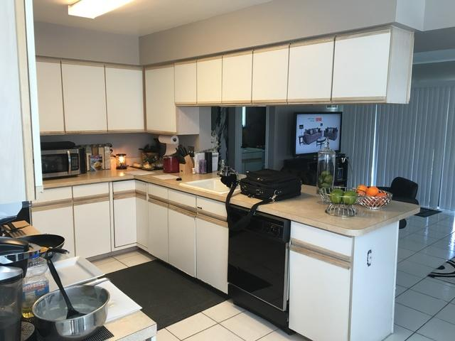 Mount Laurel Kitchen Cabinet Refacing - Before Photo