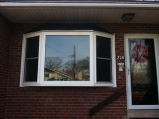 Bay Window with Cable Support