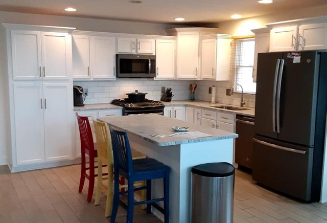 Kitchen Cabinet Refacing - After Photo