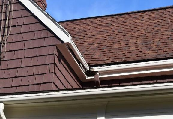Aluminum Gutter Installation in Wellesley Hills, MA - Before Photo