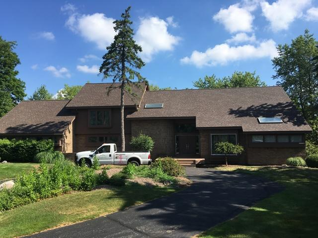 Roofing in West Bloomfield, Michigan
