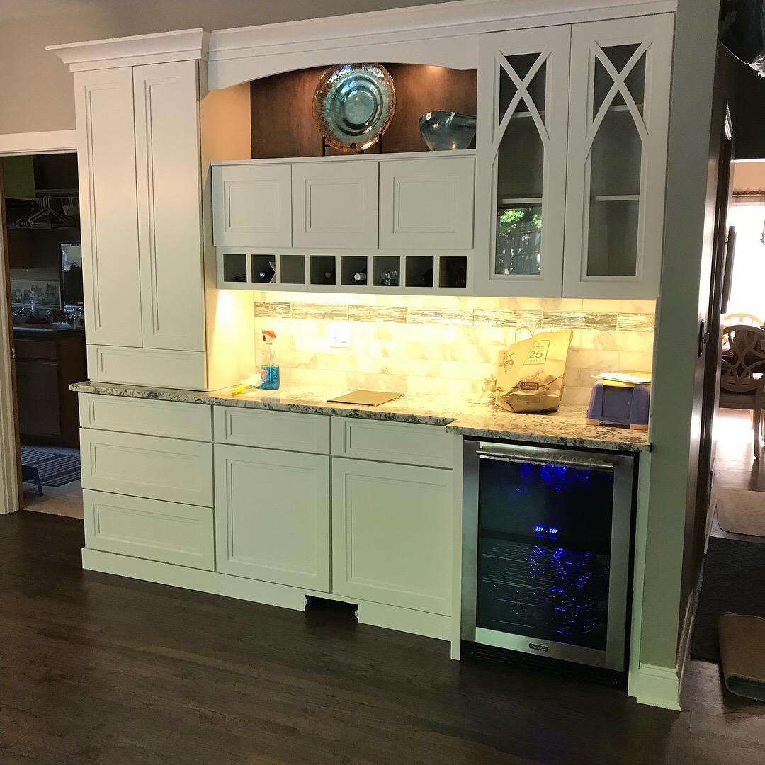 Wet Bar in Saint Charles, Illinois - After Photo