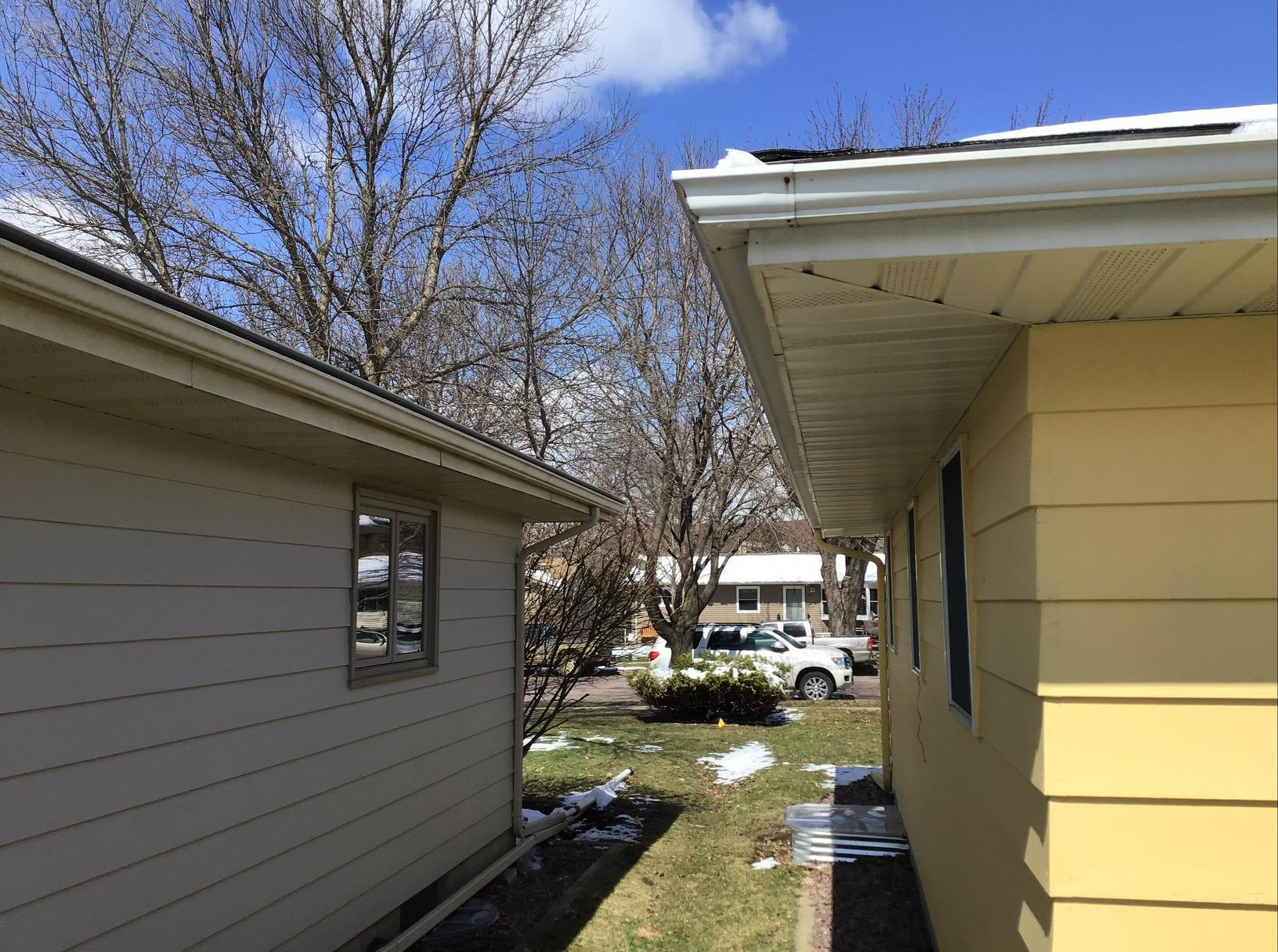 LeafGuard Before & After - 1427 Heinenhill St. New Ulm Minnesota 56073 - Before Photo