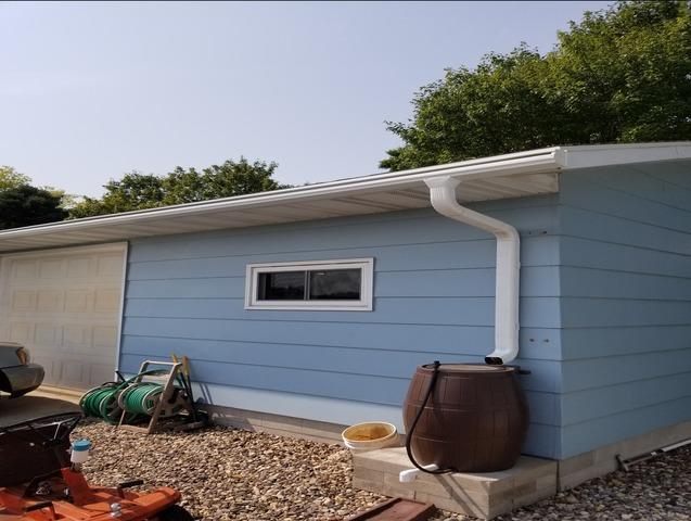 Gutter Installation - 1035 Jefferson St. SE., Hutchinson, MN 55350