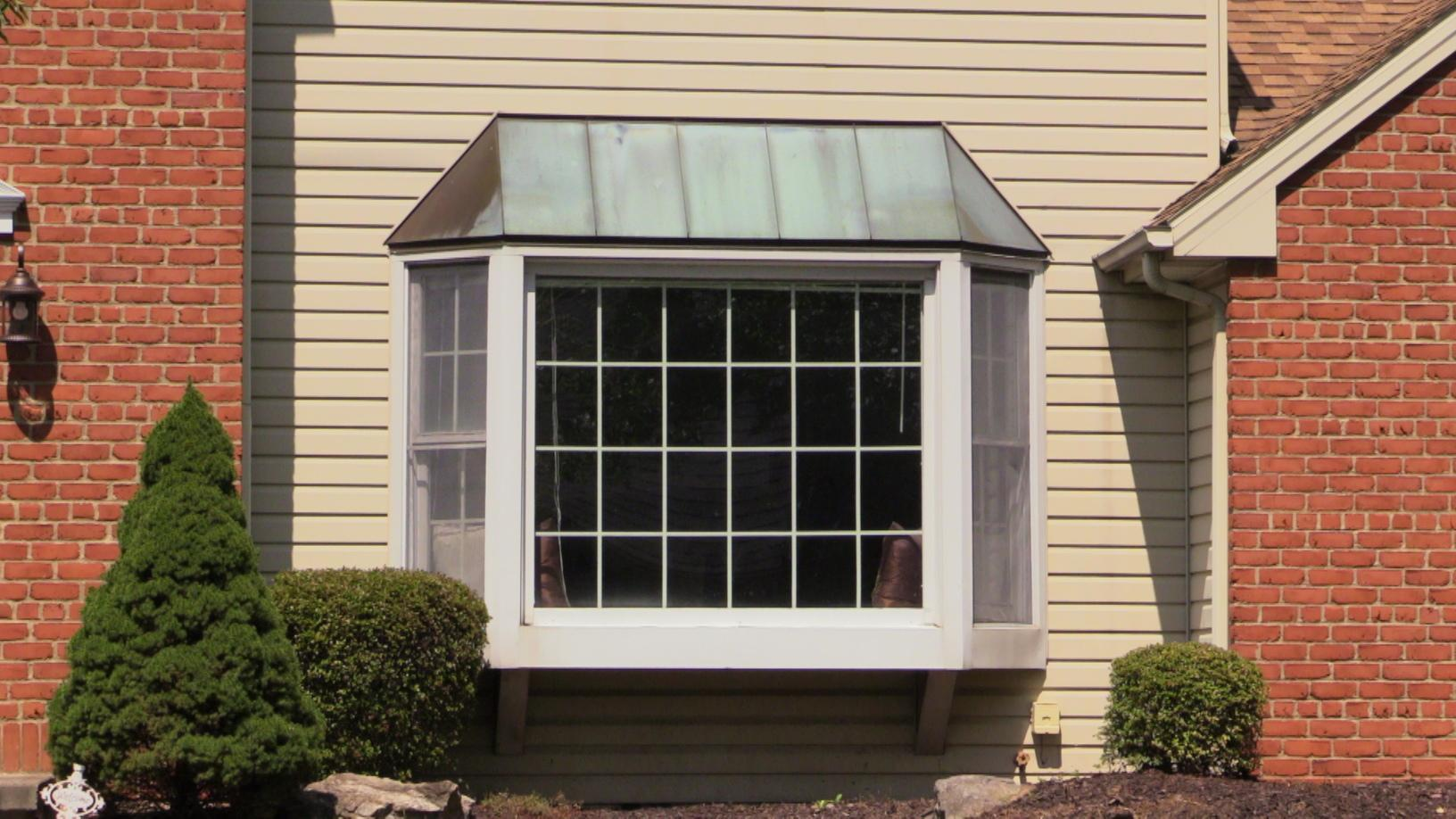 A Macungie Bay Window Replacement - Before Photo
