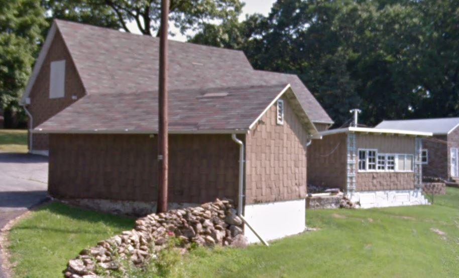 A Fountain Hill Home New Siding And New Shingle Roof - Before Photo