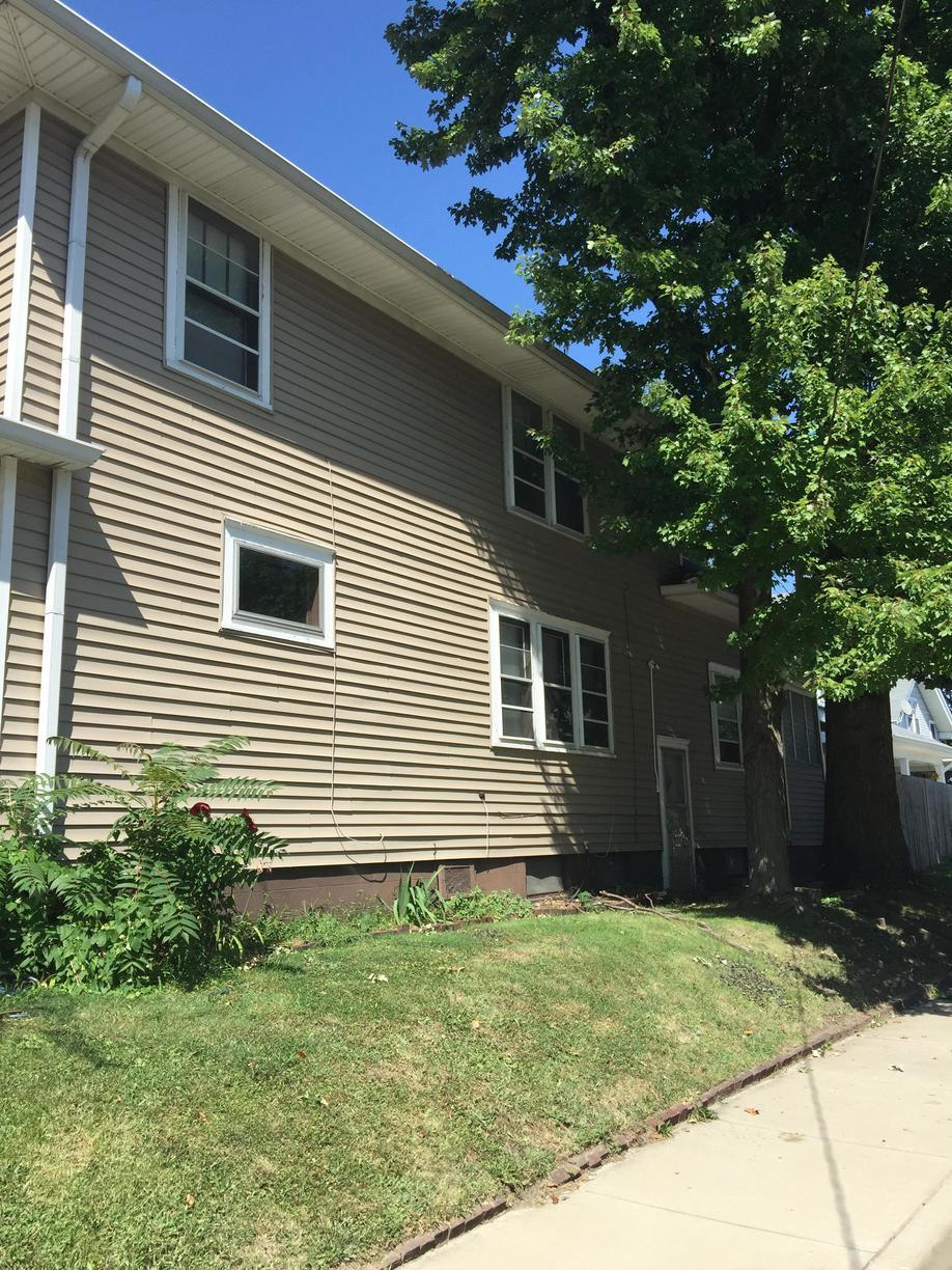 New Vinyl Siding Replacement in Indianapolis, IN - Before Photo