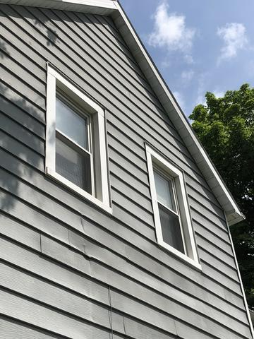 Roof and Aluminum Siding Replacement After Hail Storm in Elwood, IN - Before Photo