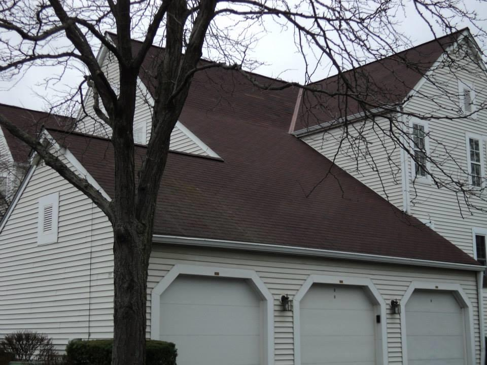 Roof Replacement in Elyria, OH - Before Photo