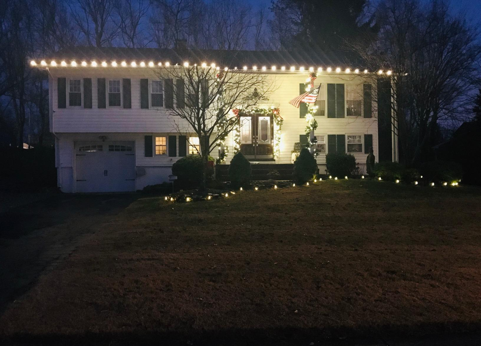 Christmas Decorating in Howell, NJ - After Photo