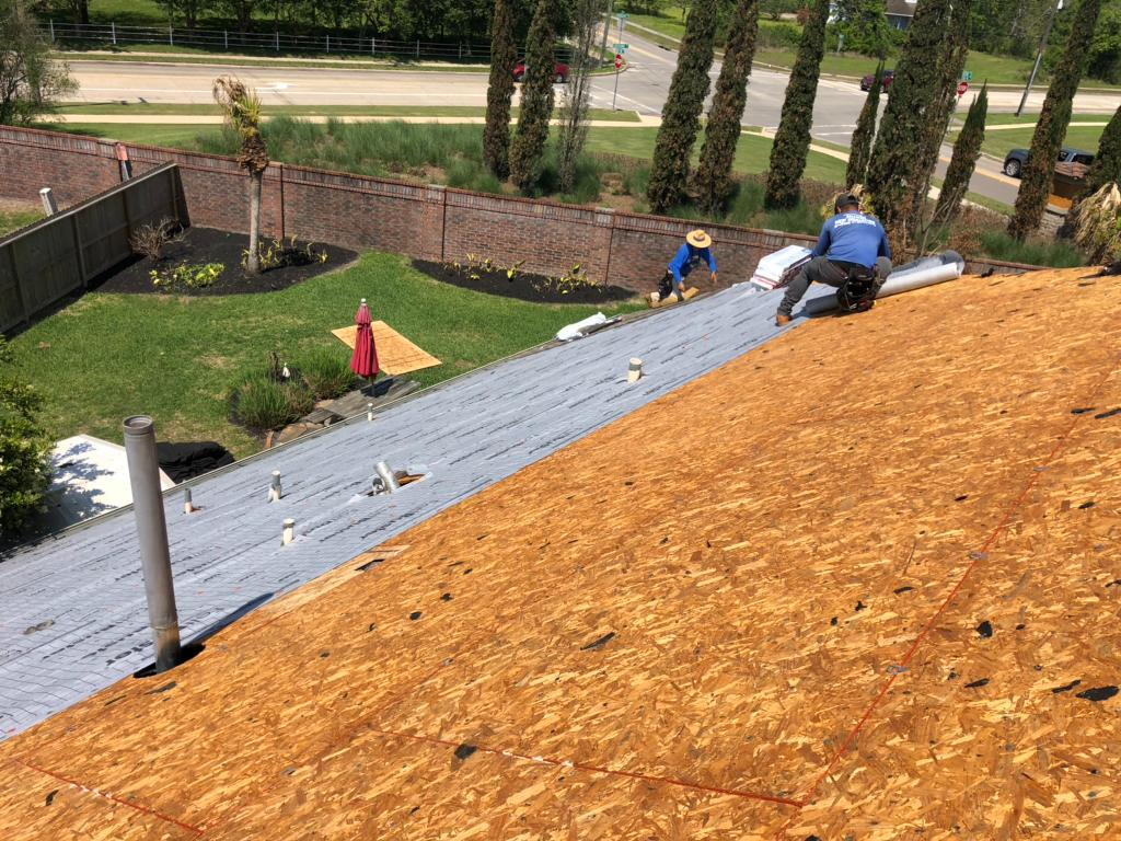 GAF roof replacement - Before Photo
