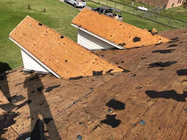 Roof Replaced in Alvin, TX - Before Photo