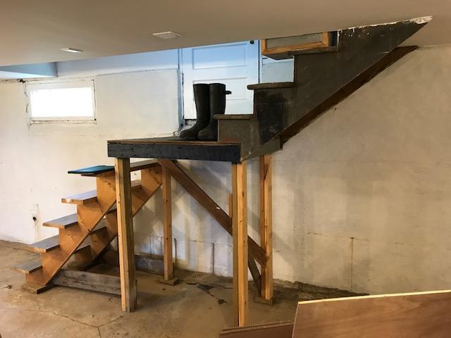 New Stairs and EverLast Windows in Stone Ridge, NY. - Before Photo