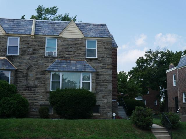 Replacing Swelled, Inoperable Wood Windows with New Low-Maintenance Windows in Philadelphia, PA
