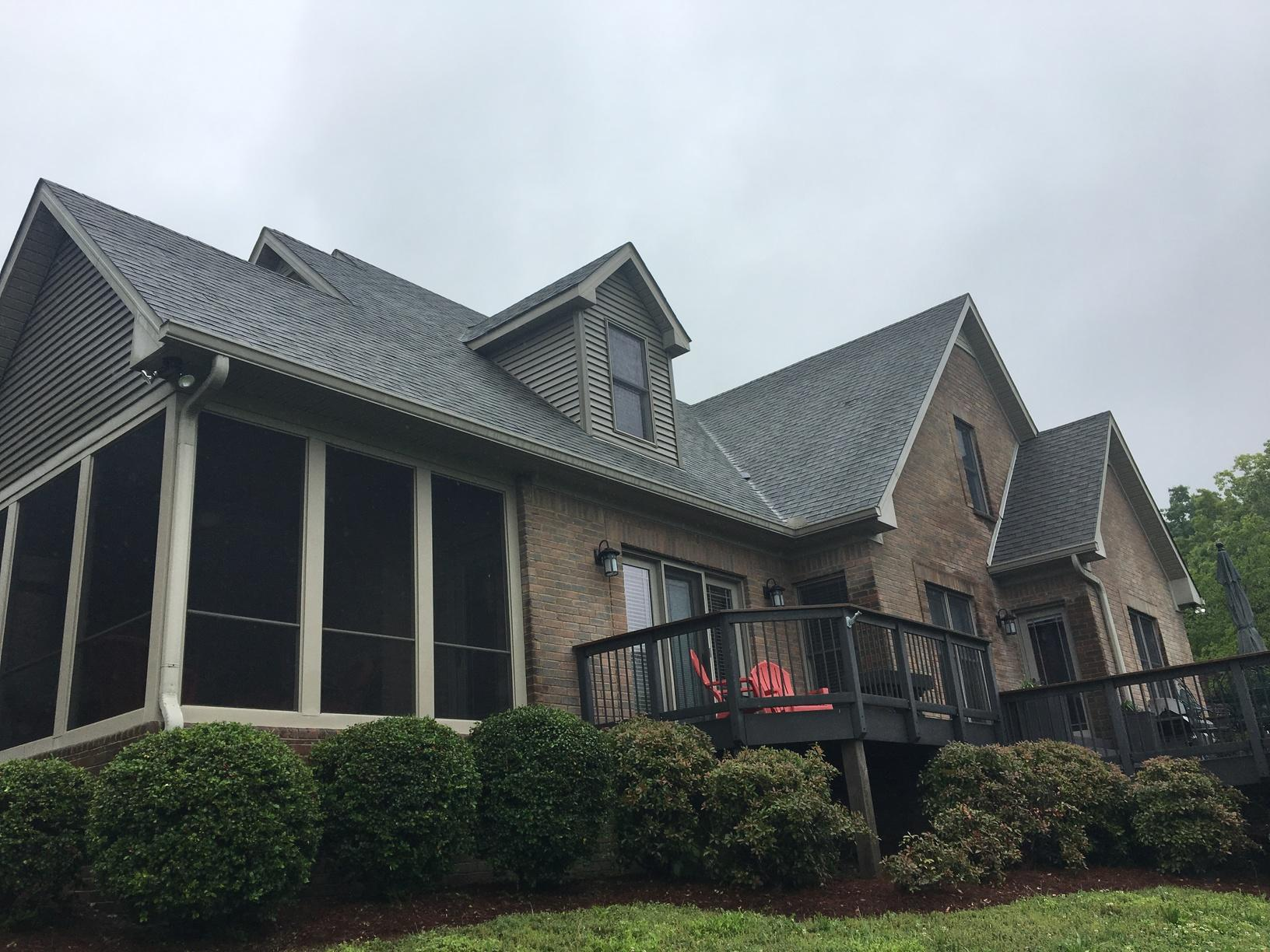 Woodbury Roof Replacement - Before Photo