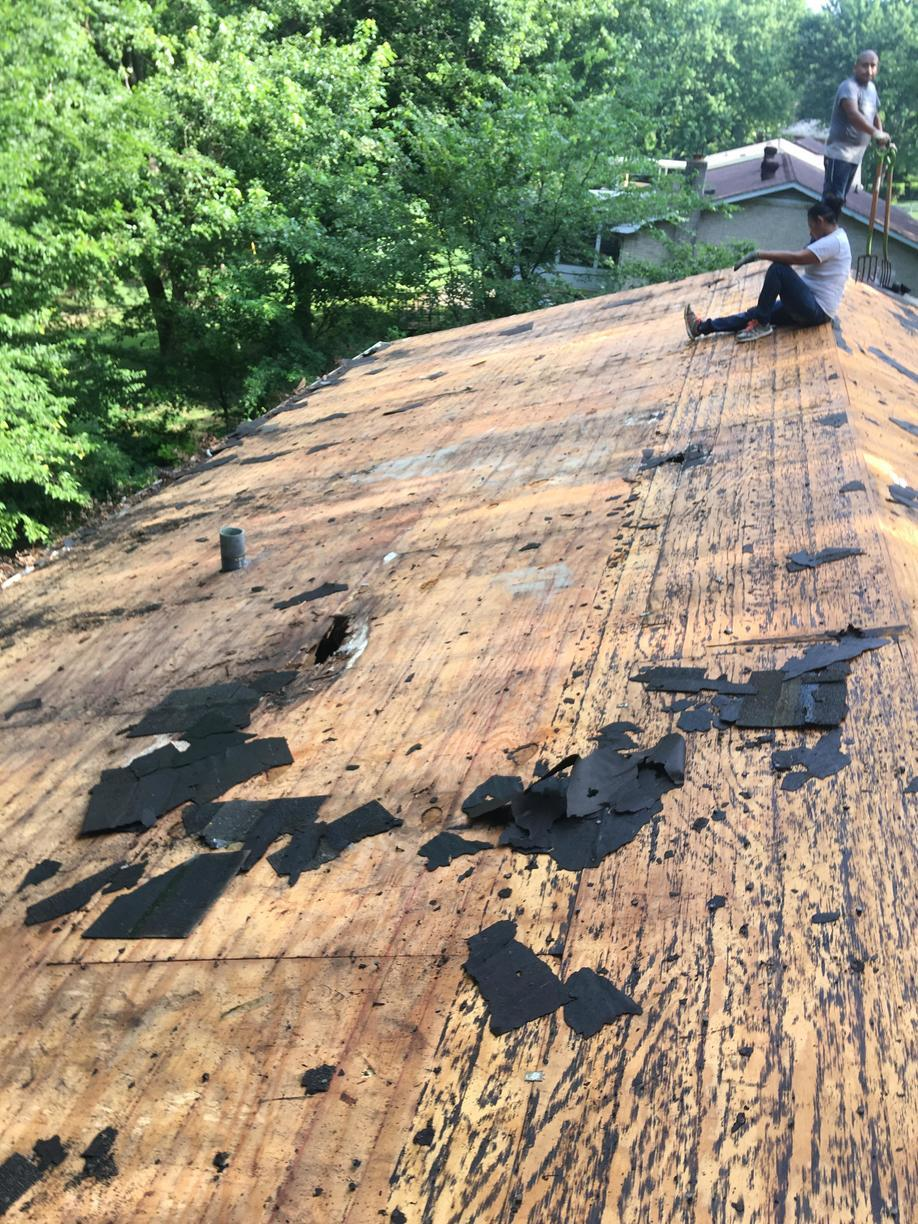 Clarksville Roof Replacement, Owens Corning, Estate Grey - Before Photo