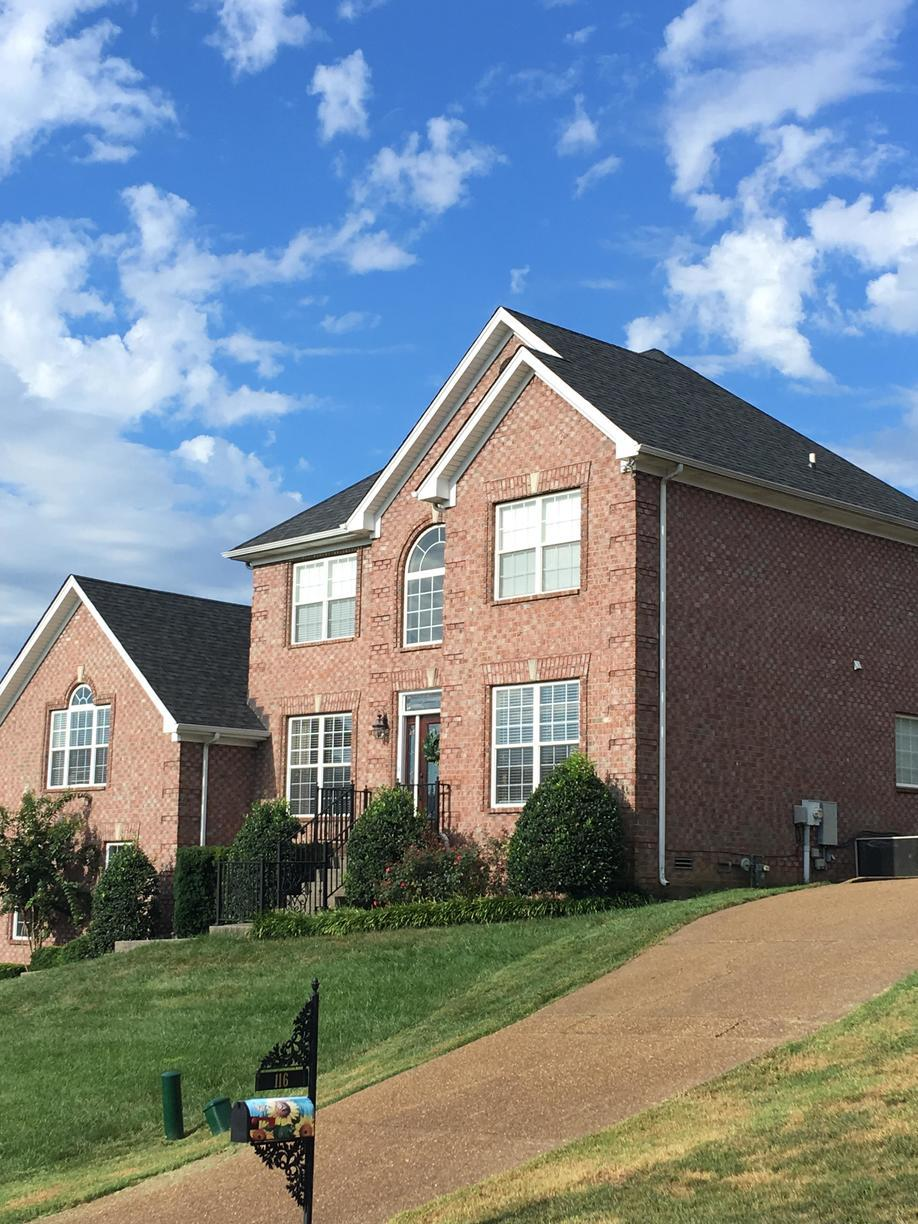 Goodletsville, TN Roof Replacement Owens Corning Onyx Black - After Photo