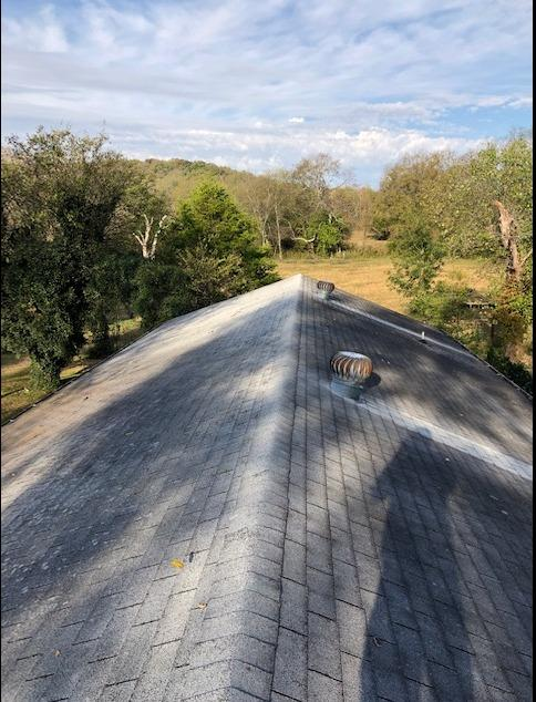Hartsville, TN Roof Replacement, Owens Corning Shasta White - Before Photo