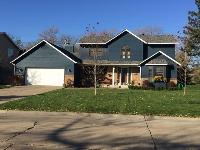 Trinity Exteriors Replaces Roof in Edina