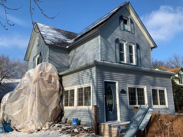 Farmhouse Roofing and Siding Replacement in Saint Paul, MN