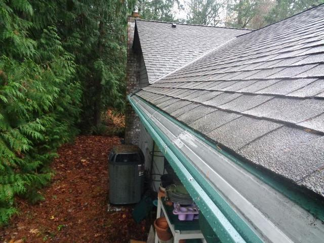 Anacortes, WA area home has full gutters protection installed