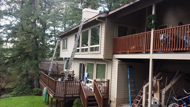 Leaf Filter Gutter Protection in Lake Oswego - Before Photo
