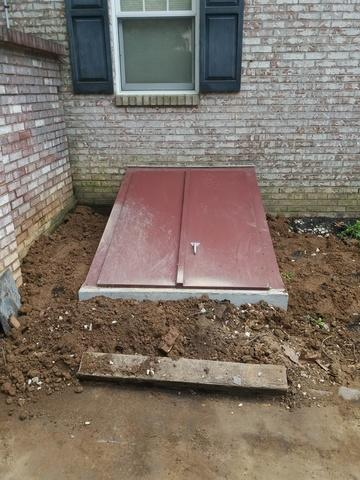 Replacing steel step unit with New Concrete unit in Wilmington, DE