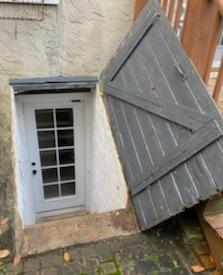 Wayne, PA replaces a Flat cellar door