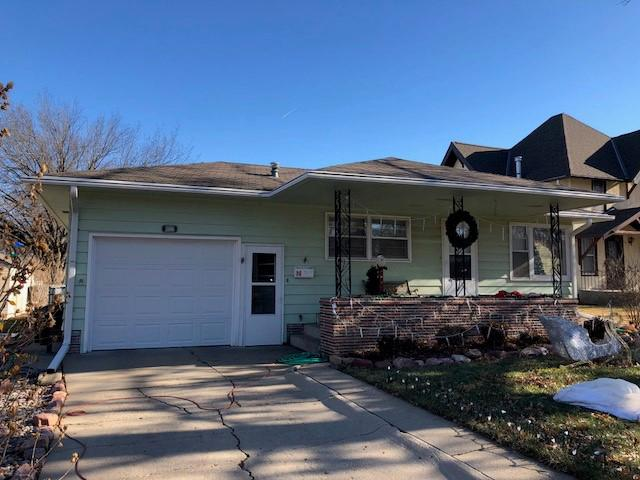Tree Coverage over Beatrice, NE Home Interferes with Gutters