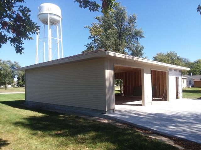 Wicker LeafGuard Gutters Installed on Garage in Harvard, NE