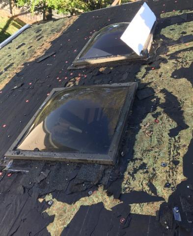 New GAF Asphalt Roof and Velux Skylights Installed on home in Bellevue, NE
