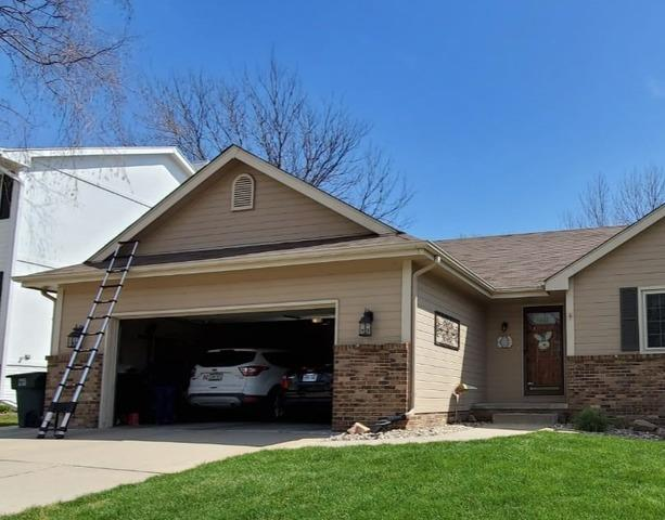LeafGuard Gutters Installed on home in Omaha, NE