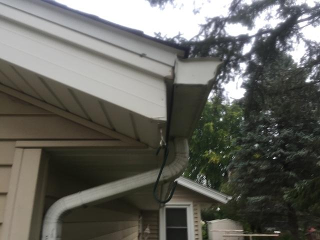 LeafGuard Is Worry Free & Looks Great On This Sun Prairie Home!