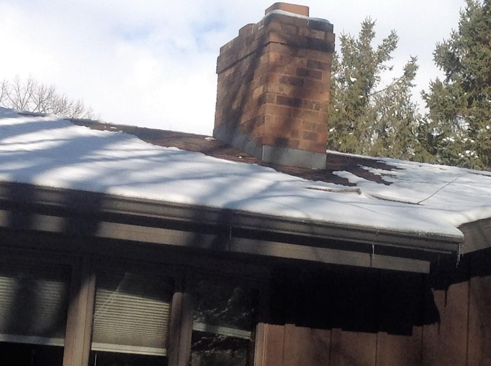 Before and After - New GAF Timberline Roof and LeafGuard Gutters in Hobart - Before Photo