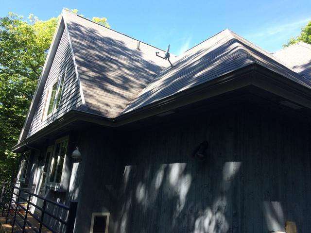 GAF Timerline Roof and LeafGuard Gutters installed in Sister Bay, WI - Before Photo