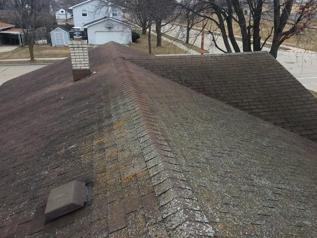 New GAF Timberline Ultra HD Roof on Home in Kaukauna, WI - Before Photo