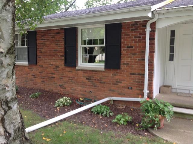 LeafGuard Gutters Installed on a Ranch Style Home in Seymour, WI
