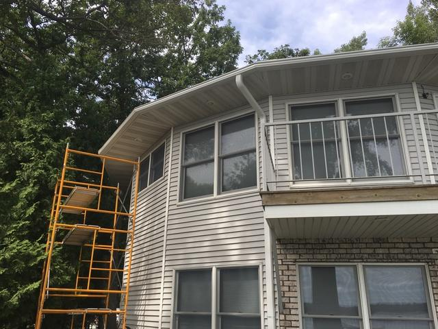 Installing LeafGuard Gutters on a Lakeside Home in Sturgeon Bay, WI