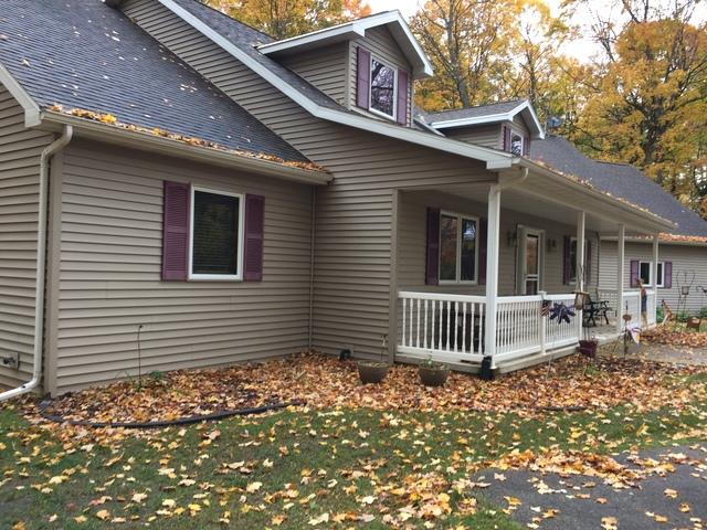White LeafGuard Gutter Installed in Sturgeon Bay, WI