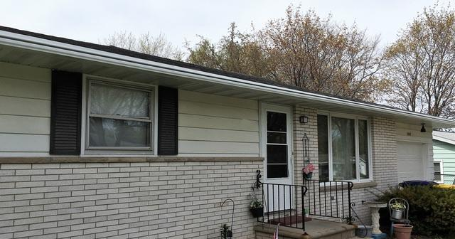 Homeowner in Green Bay Chooses White LeafGuard Gutters